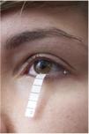 il-test-di-shirmer-e-un-esame-semplice-ed-indolore-che-viene-eseguito-per-misurare-la-produzione-lacrimale